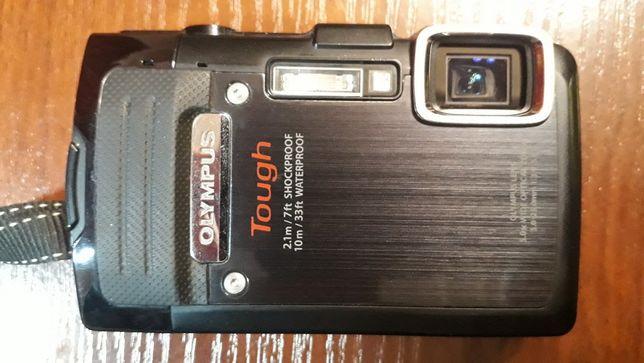 Цифровой туристический фотоаппарат Olympus Tough TG-830