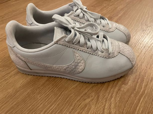 Vende-se Tenis Nike