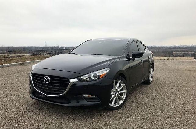 Mazda 3  2.0 бензин