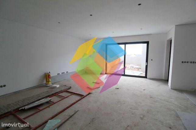 Novo empreendimento Mozelos 2 casas térreas em construção