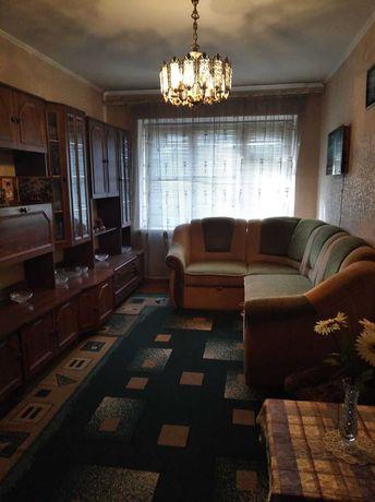 Продам двухкомнатную квартиру в пгт Веселиново