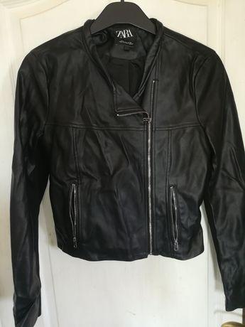 Blusão preto Zara
