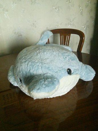 Продам мягкого метрового дельфина