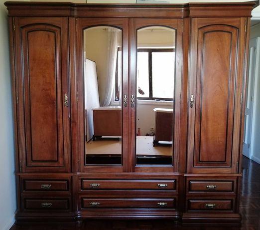 Mobilia de quarto de casal + Estante.