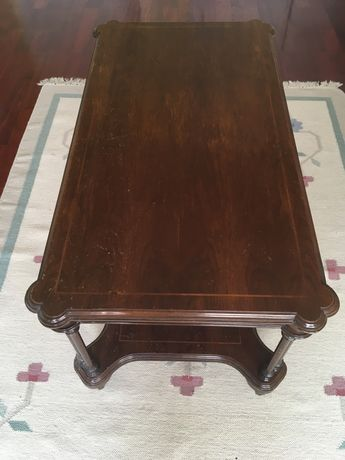 Mesa em mdeira vintage