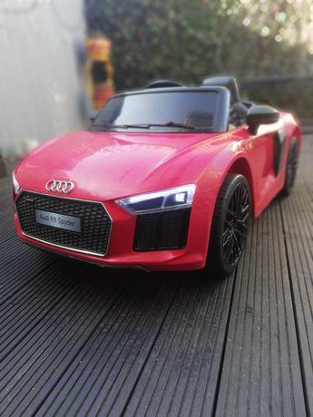 Duże Audi R8 Spyder na akumulatory
