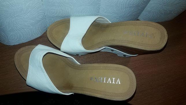 Продаю обувь, босоножки без задников