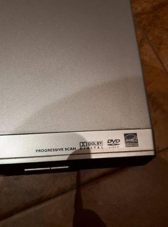 Odtwarzacz DVD Philips z pilotem
