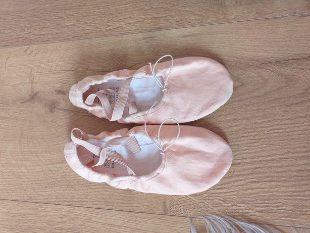 Pudrowo różowe baletki 35 Domyos