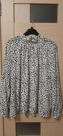 Стильная блуза в анималистичный принт