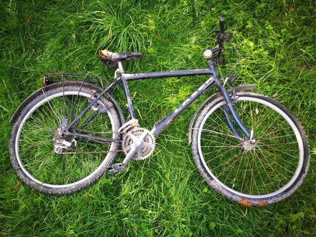 dwa rower górski uszkodzone do remontu n części