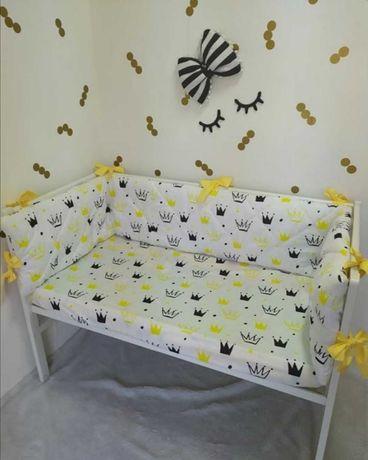 Постельный набор в детскую кроватку