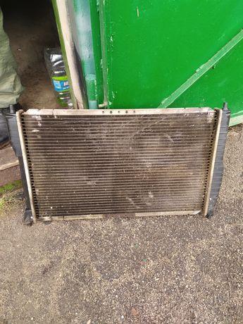 Радиатор водяного охлаждения на Daewoo Lanos 1.5 с кондиционером