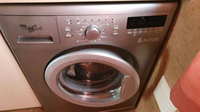 Máquina de lavar roupa Cinza / Inox