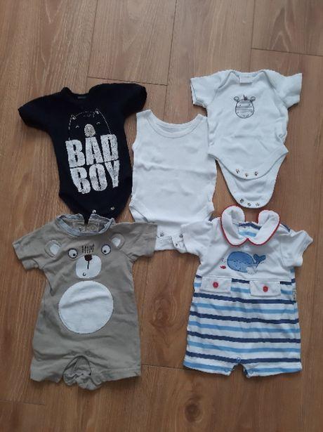 Body niemowlęce z krótkim rękawem i rampersy 5sztuk