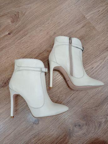 Новые кожаные ботильоны ботинки полусапожки