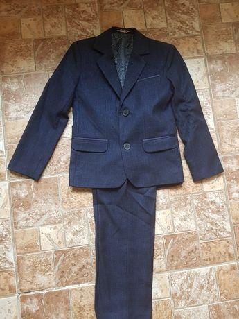 Школьный костюм тройка, школьная форма на мальчика, рост 110 см