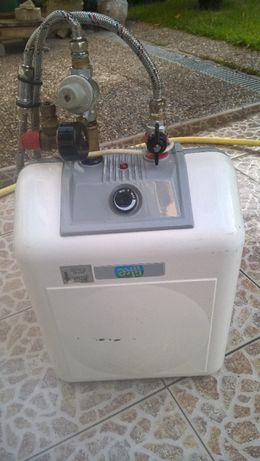 Cilindro/ termo acumulador agua em bom estado de conservação!