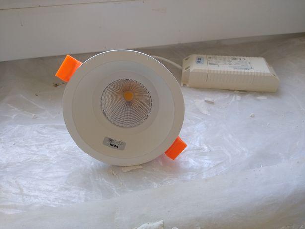 podsufitowe Lampy LED Ip22/40 Luxiona Troll