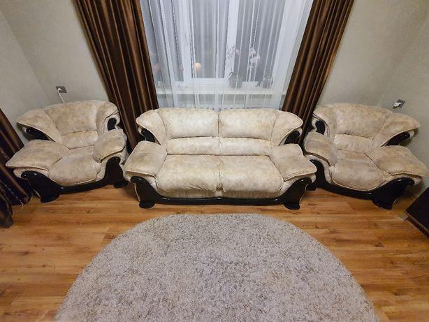Диван +2 кресла в идеальном состоянии