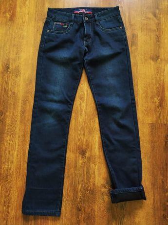 Зимние утеплённые джинсы