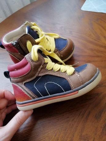 Ботинки демисезонние на мальчика