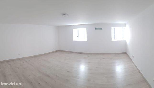 Duplex T3, no centro da vila do Tortosendo