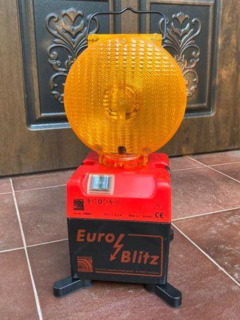 Световой сигнальный фонарь.