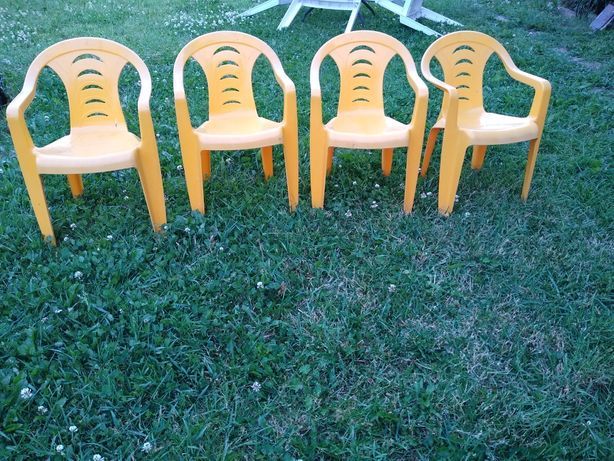 Krzesła ogrodowe dziecięce