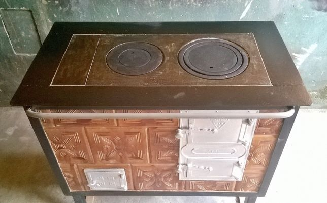 Kuchnia węglowa, piec kuchenny kaflowy