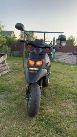 Скутер Peugeot Squab