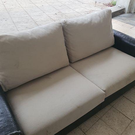 Sofa pele 3  lugares