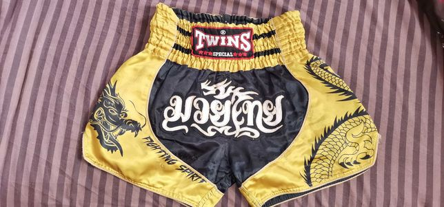 Шорты Twins для тайского бокса