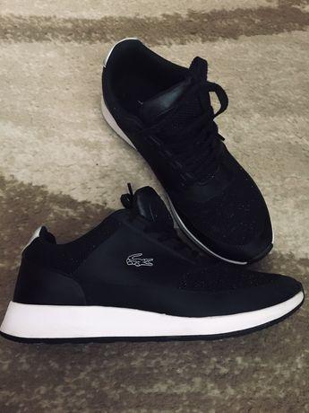 Buty damskie Lacoste 38 czarno białe srebrna nitka