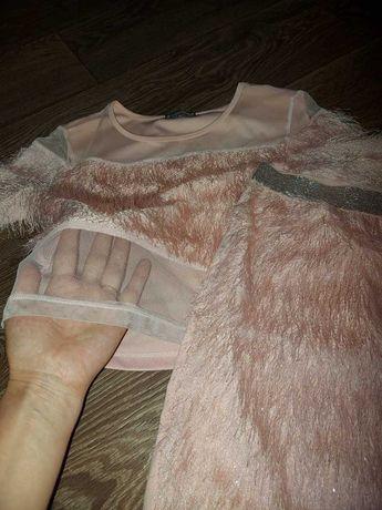 Нежный костюм с люрексовой нитью для девочки