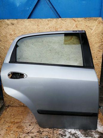 Drzwi Fiat Grande Punto Prawy Tył 09r. 595/A ! ! !