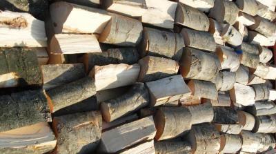 Cięte-łupane drewno kominkowe gotowe do sprzedaży !