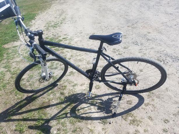 Велосипед на гідравлічних тормозах колеса r19