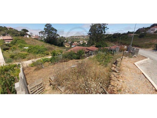 Terreno com 360m2 para construção de moradia geminada - A...