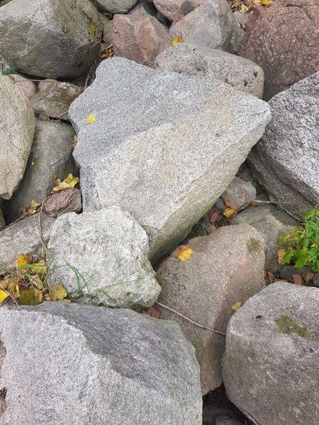 Kamień polny głaz głazy