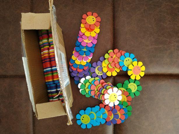 Chain Up Game Flower drewniane puzzle układanka 3D Montessori