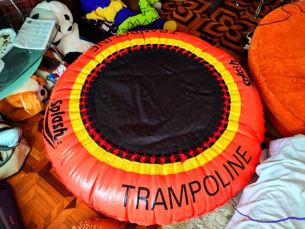 Надувной бассейн батут  надувной матрас 150*150 см Надувная лодка