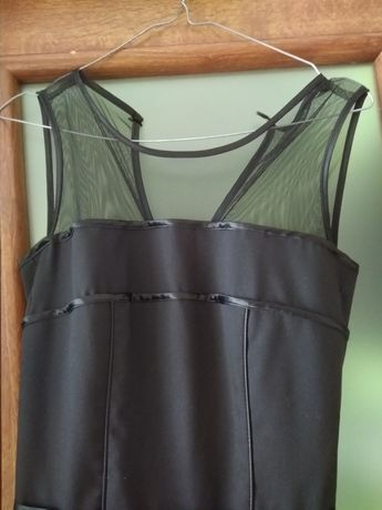 Sukienka rozkloszowana czarna