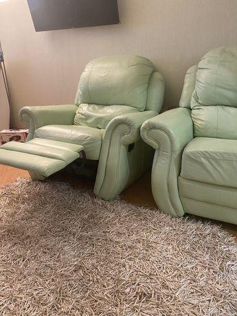 Продам кресло реклайнер