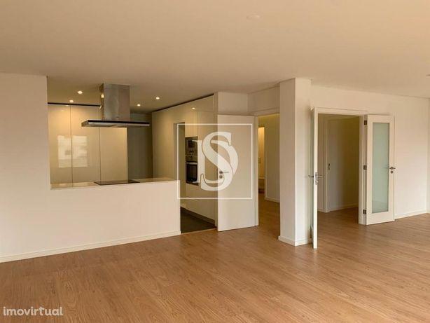 Apartamento T4 Remodelado - Maximinos