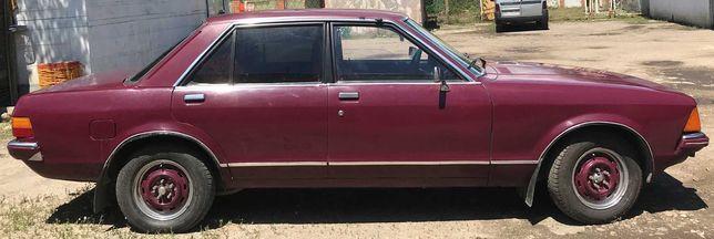 Автомобиль Ford Granada в отличном состоянии