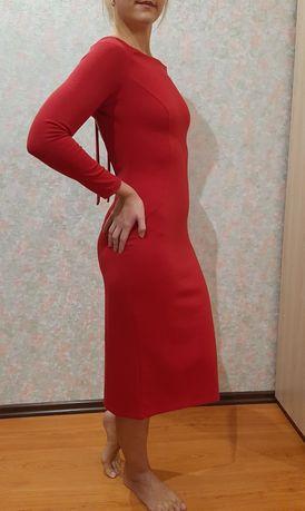 Платье с открытой спиной, р.46-48 плотный трикотаж