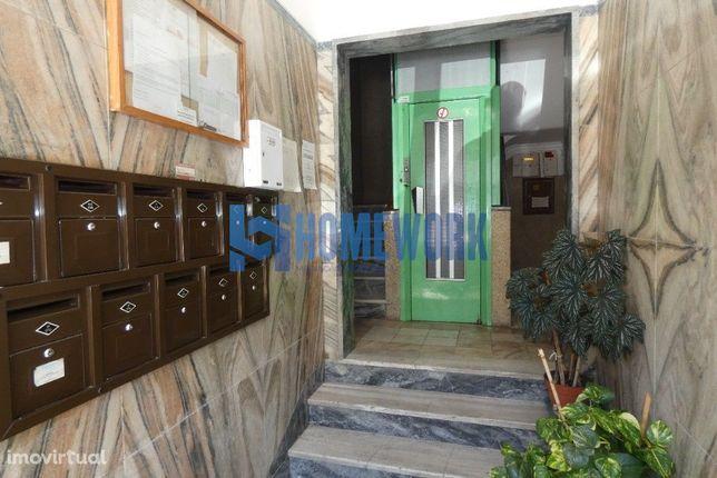 Apartamento T1+1 – Com Terraço - Barreiro – 79.000€