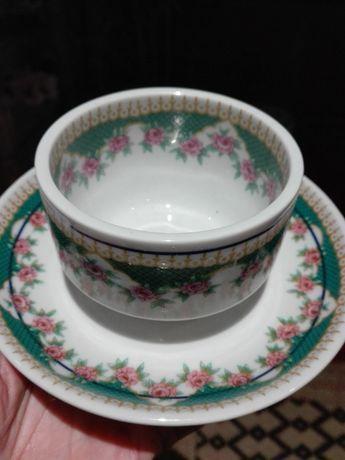 Taça com prato em porcelana