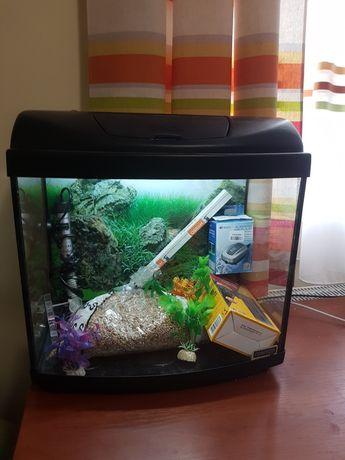 Продам акваріум 32л, комплектний